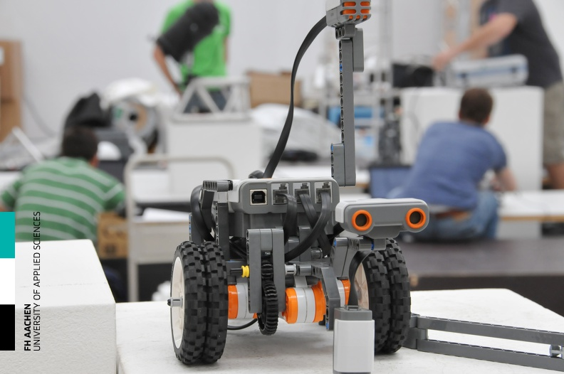 20110506_Workshop_Robotik_09.jpg