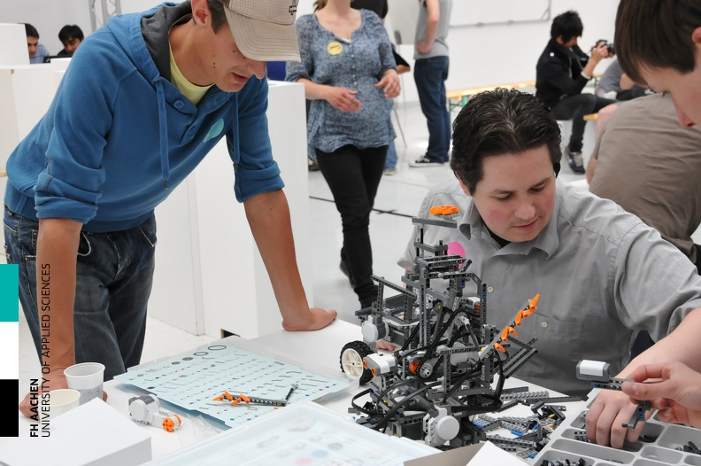 20110506_Workshop_Robotik_41.jpg