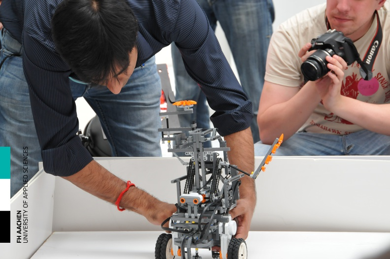 20110506_Workshop_Robotik_55.jpg