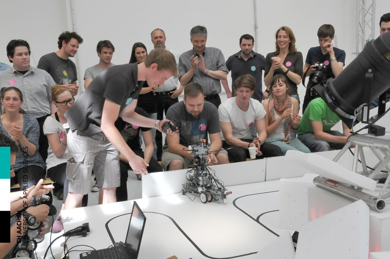 20110506_Workshop_Robotik_61.jpg